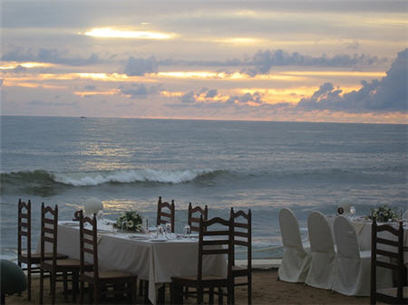 Colombo Sri Lanka Special $499 for 2 with Cathay Pacific